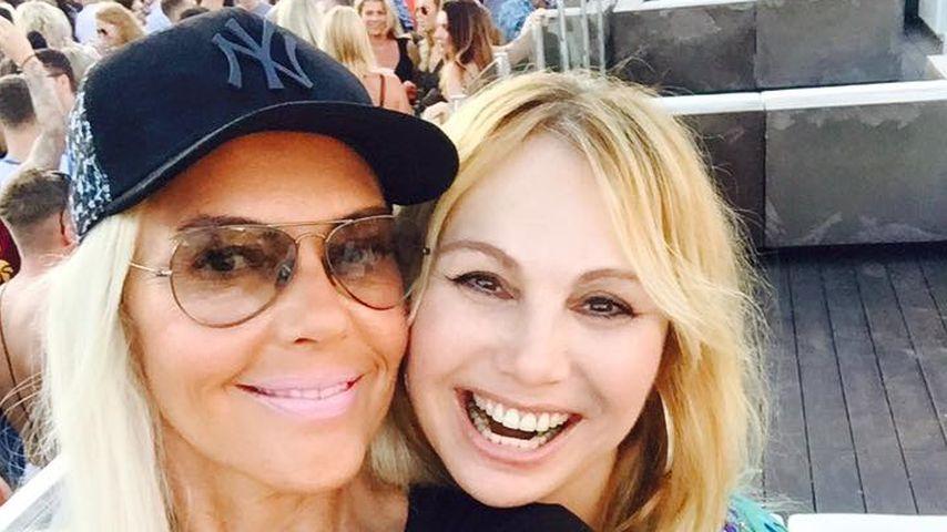 Natascha Ochsenknecht und Dolly Dollar beim Feiern auf Ibiza