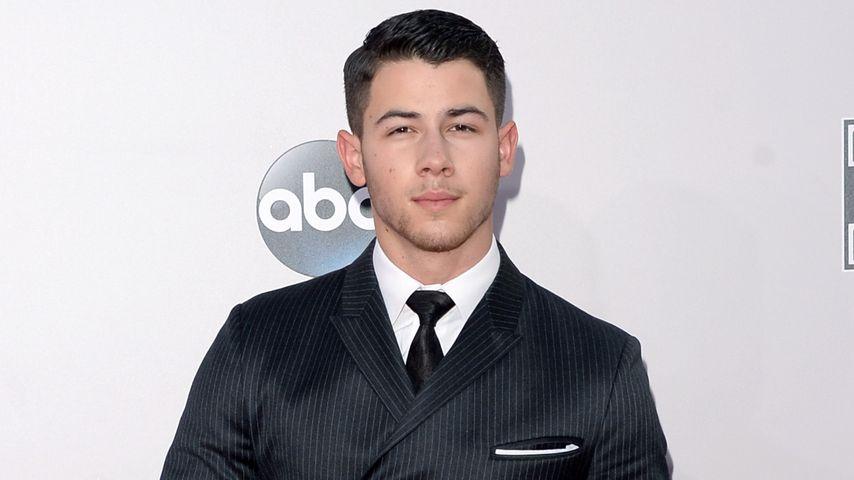 Nick Jonas bei den AMAs 2014: Sexy oder zu adrett?