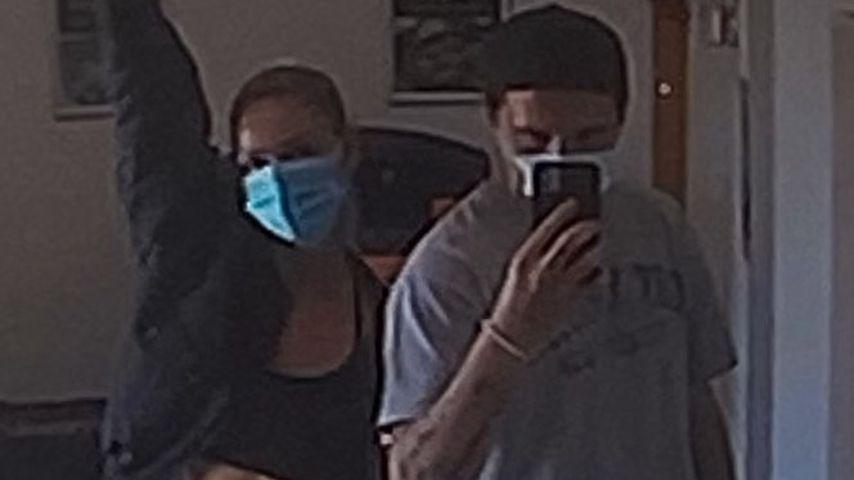 Nicola Peltz und Brooklyn Beckham im Dezember 2020