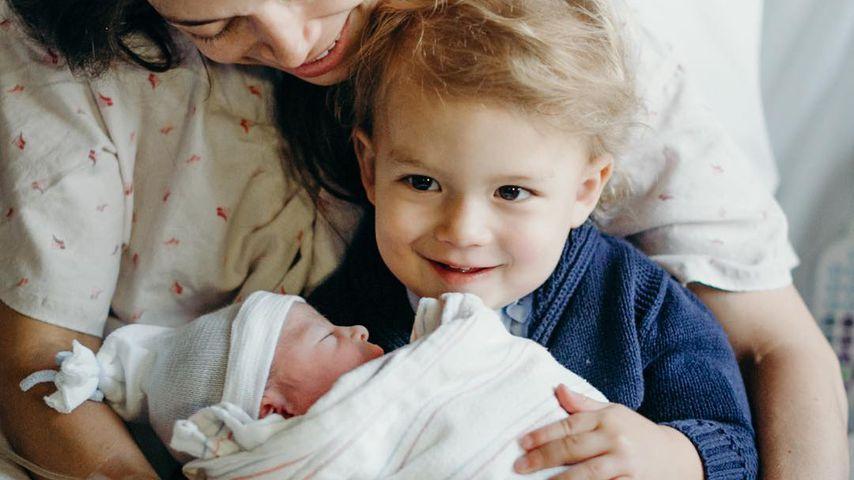Nicole Phelps mit Söhnchen Boomer und Baby Beckett