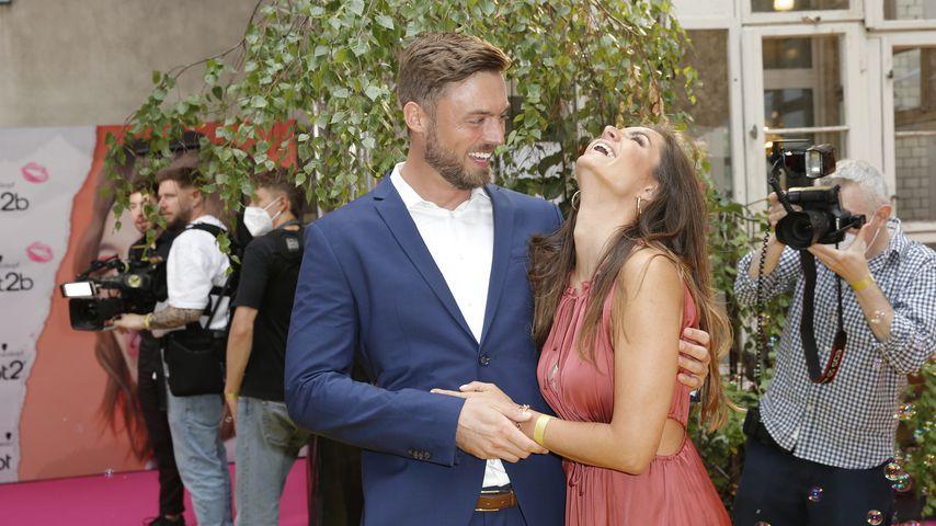 Total verturtelt: Niko und Michèle verliebt auf erstem Event