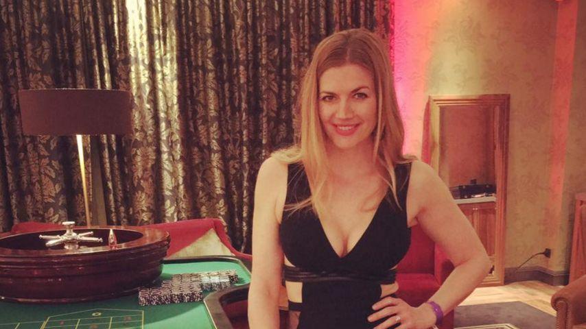 Nina Bott strahlt wieder: Heiße Neu-Mama genießt Party-Abend