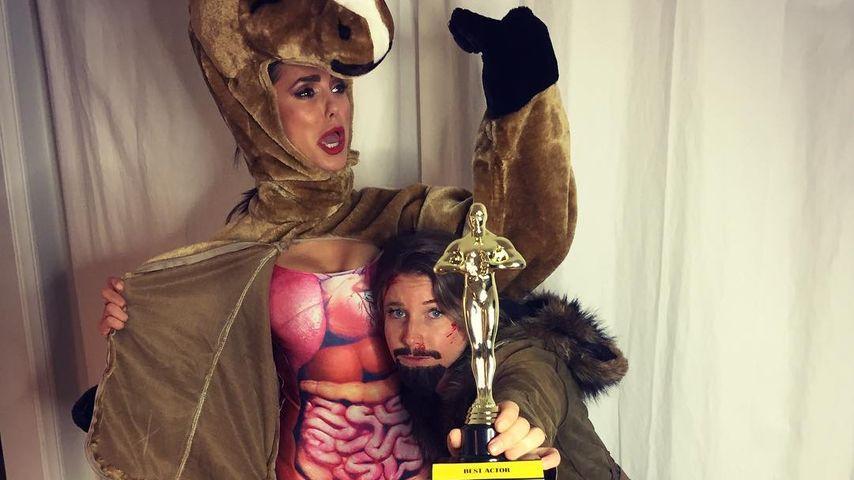 "Kurioses Halloween-Kostüm: Nina Dobrev als ""Revenant""-Pferd"