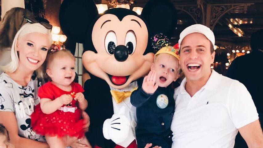 Oksana, Arielle, Milan und Daniel Kolenitchenko im Disneyland