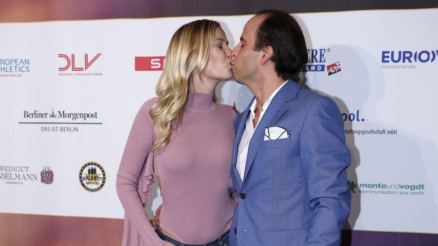 Oksana Kolenitchenko und ihr Mann Daniel bei einem Event in Berlin im Februar 2017