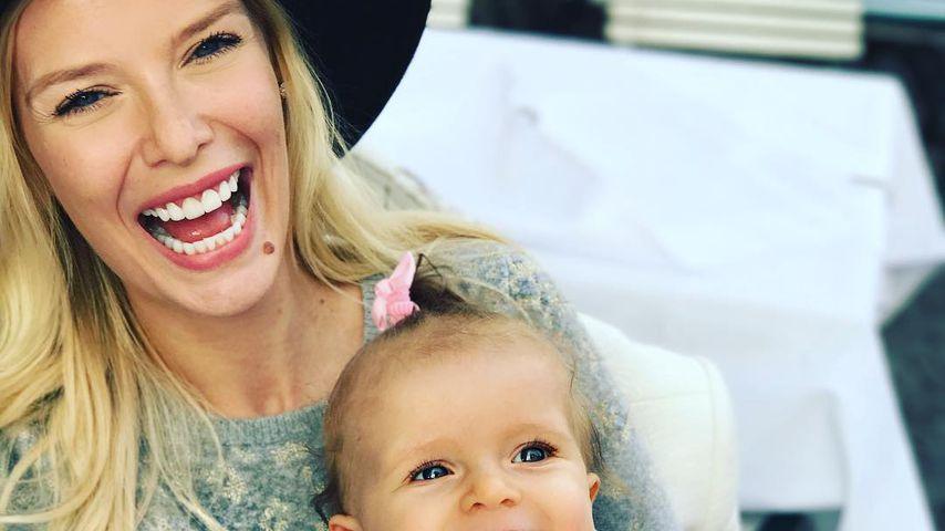 Die 1. Schritte: Oksana Kolenitchenkos Baby kann laufen!