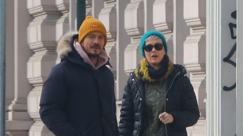 So verliebt: Katy & Orlando knutschen im Ski-Urlaub