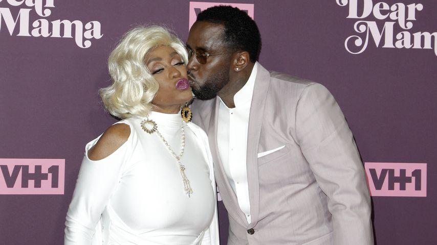 """Küsschen für Mama: P. Diddy ehrt seine """"Superhelden""""-Mom"""