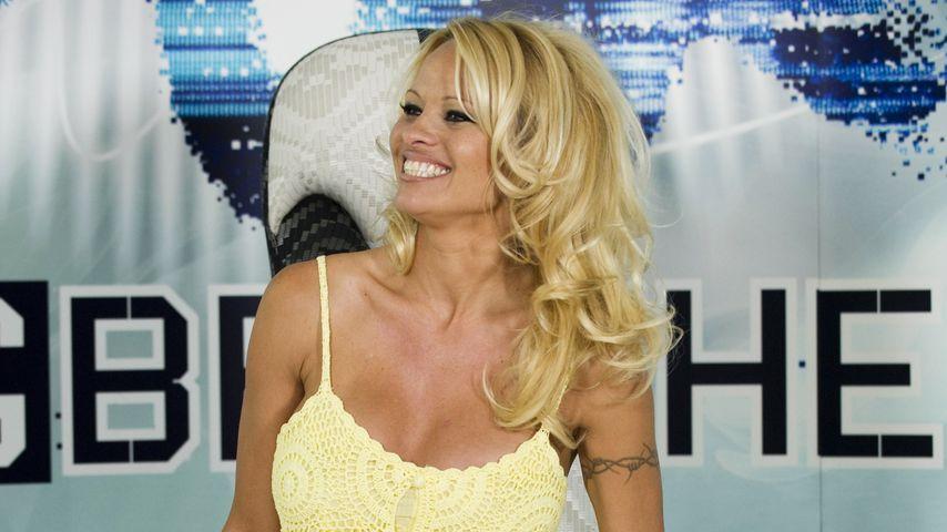 """Pamela Anderson bei einer """"Big Brother""""-Pressekonferenz"""