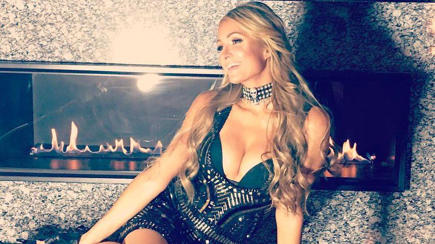 Fake-Boobies? Paris Hilton überrascht mit XXL-Dekolleté!