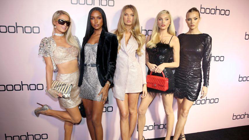 Paris Hilton, Jasmine Tookes, Romee Strijd, Elsa Hosk und Josephine Skriver auf einem Event in L.A.
