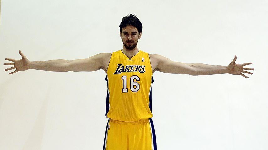 Pau Gasol bei einem Pressetermin der LA Lakers
