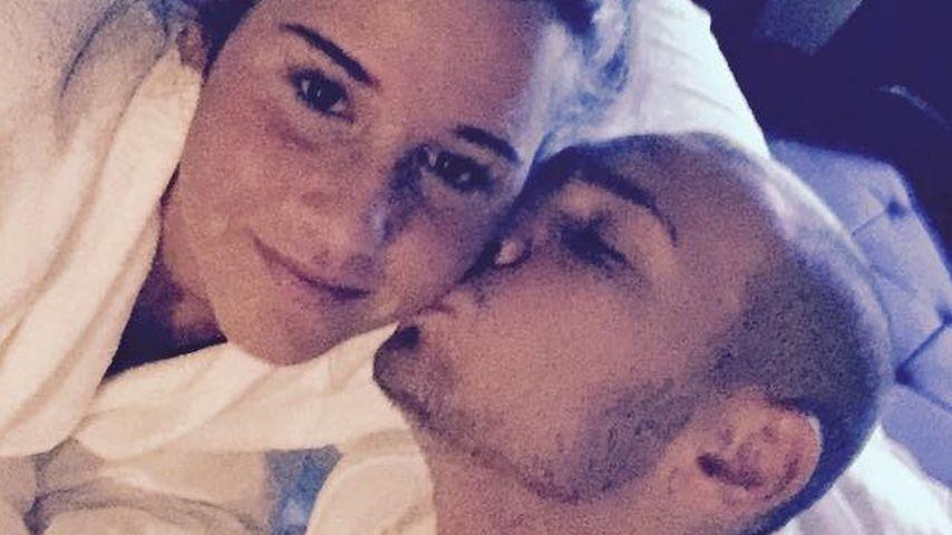 Bett-Selfie: Hier küsst Pietro Lombardi seine Sarah wach!