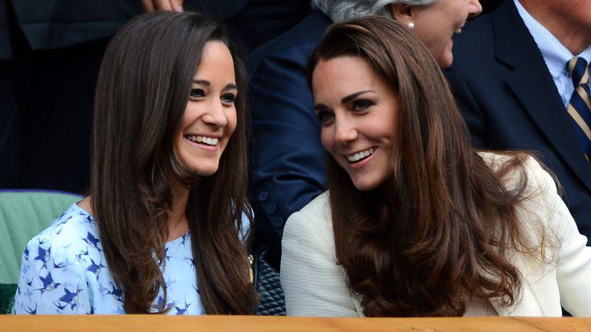 Pippa Middleton und Herzogin Kate bei einem Tennisspiel im Juli 2012