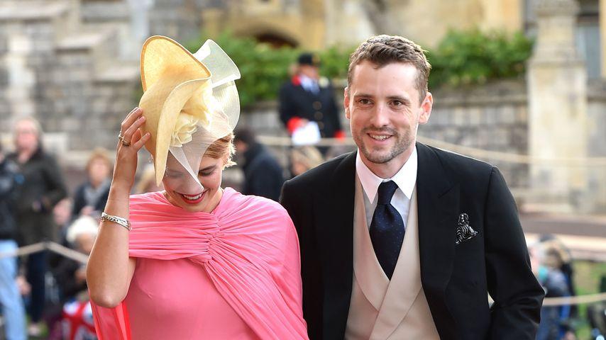 Pixie Geldof und George Barnett bei der Hochzeit von Prinzessin Eugenie