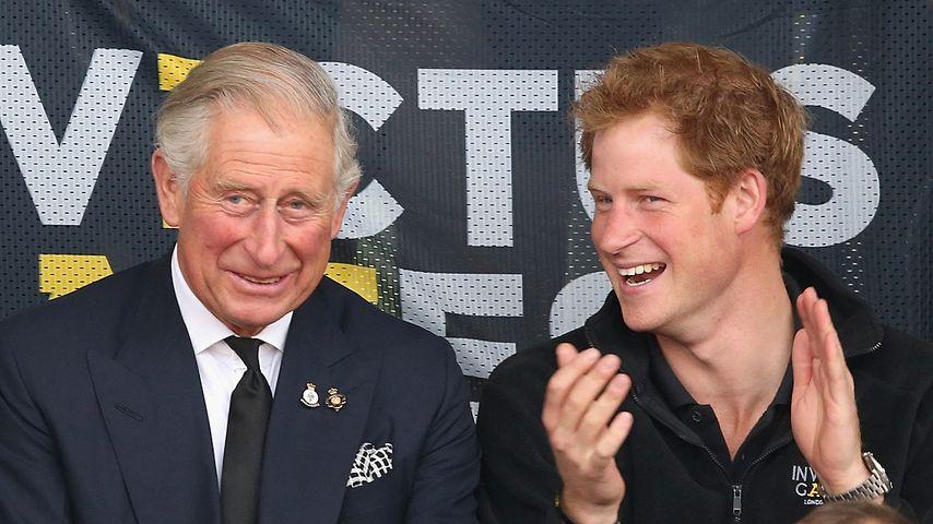 Prinz Charles und sein Sohn Harry