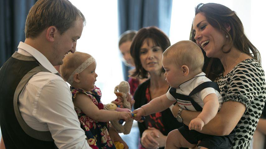 Prinz George und Herzogin Kate bei einer Krabbelgruppe in Wellington 2014