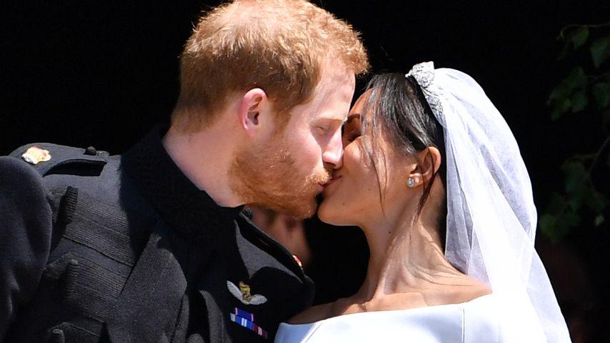 Prinz Harry und Herzogin Meghans erster Kuss als Ehepaar