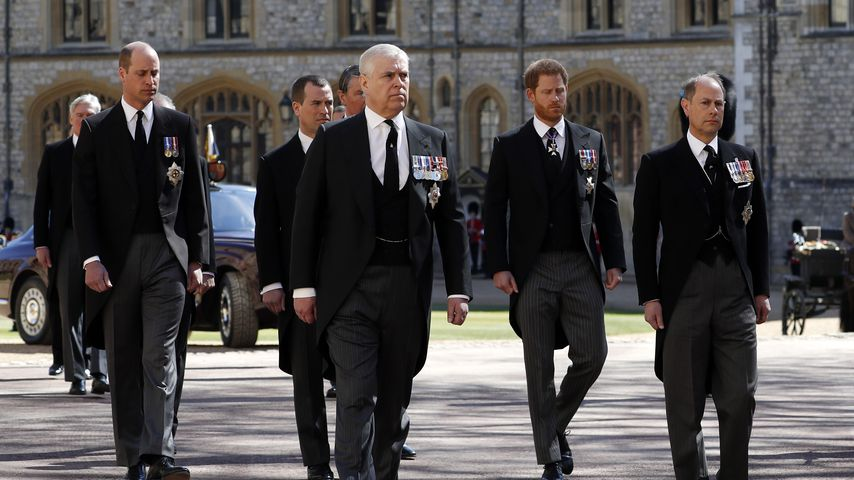 Prinz William, Prinz Andrew, Prinz Harry und Prinz Edward in Windsor Castle