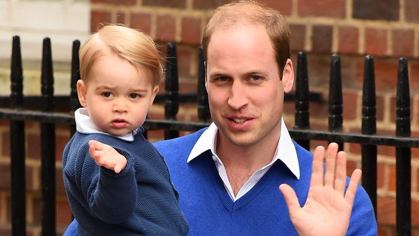 Sportlich, sportlich! Prinz George (2) spielt schon Tennis