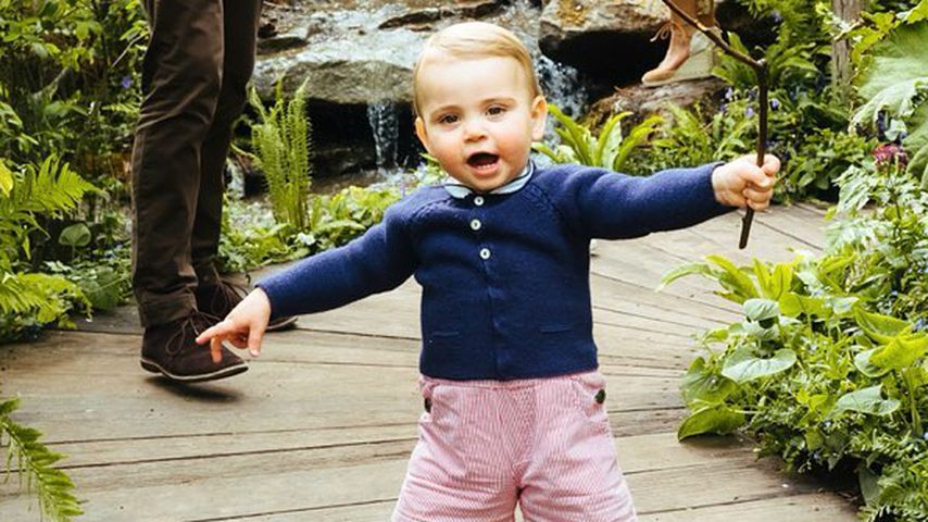 Neue Royal-Fotos: Prinz Louis kann schon ohne Hilfe laufen!