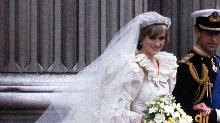 Prinzessin Diana und Prinz Charles bei ihrer Hochzeit am 29. Juli 1981