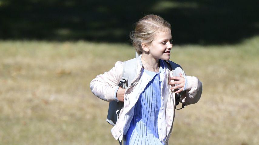 Prinzessin Estelle: Freudentänze am allerersten Schultag!