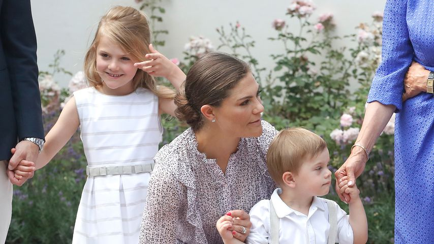 Süßer Geburtstagsgast: Prinzessin Leonore verzückt ihre Oma