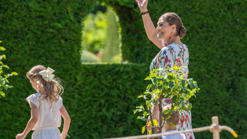 Prinzessin Victoria mit ihrer Tochter Estelle an ihrem 42. Geburtstag
