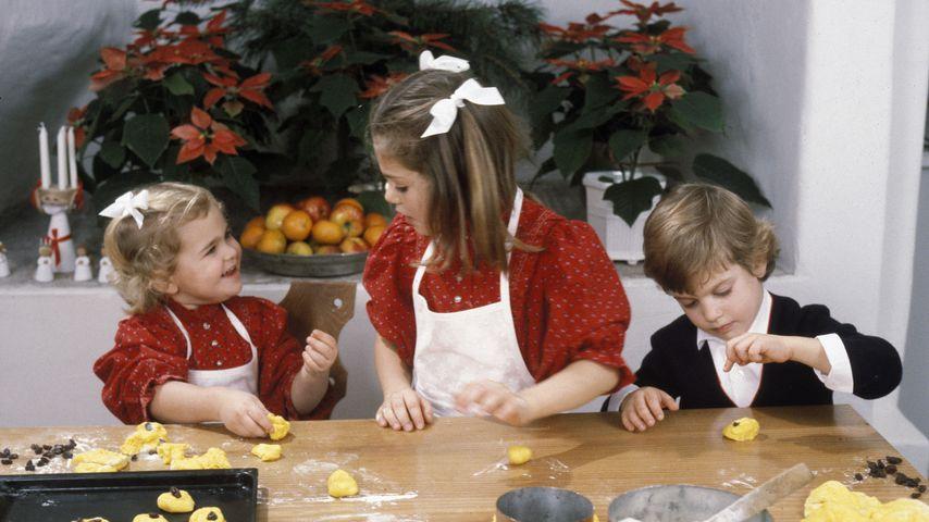 Prinzessin Madeleine, Prinzessin Victoria und Prinz Carl Philip im Dezember 1984
