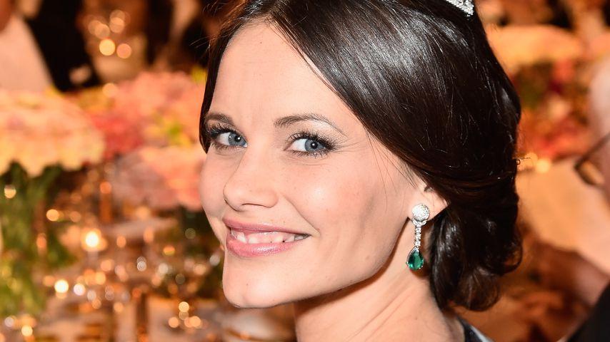 Style-Überraschung: Sofia führt ihr Hochzeitsdiadem aus