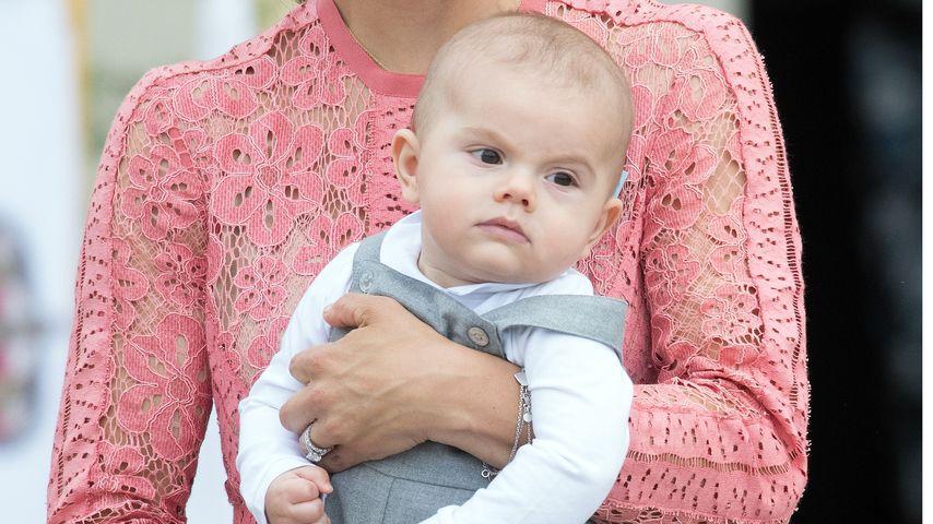 Prinzessin Victoria und Sohn Prinz Oscar bei der Taufe von Prinz Alexander