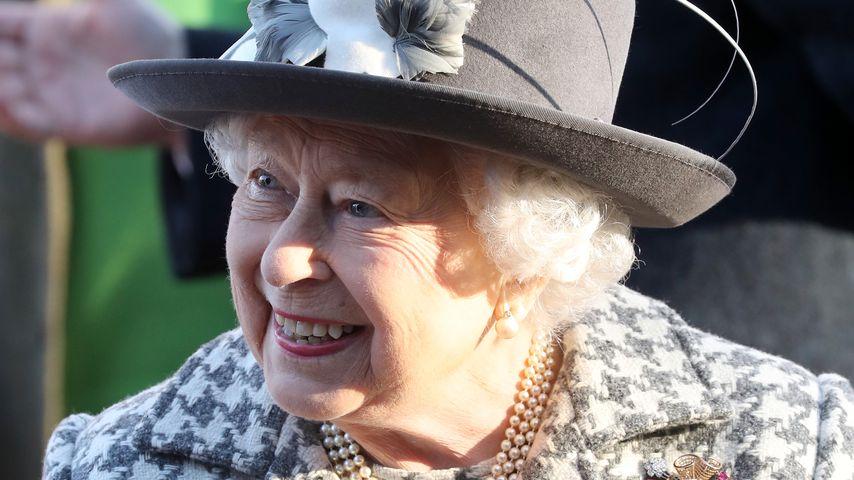 Queen Elizabeth II. auf dem Weg zur Kirche in Sandringham