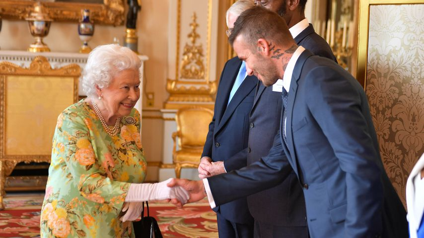 Queen Elizabeth II. und David Beckham bei den Queen's Young Leaders Awards