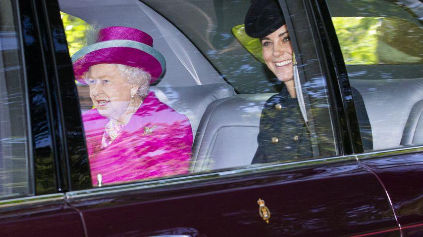 Queen schloss Palast-Bar, weil Personal zu betrunken war!