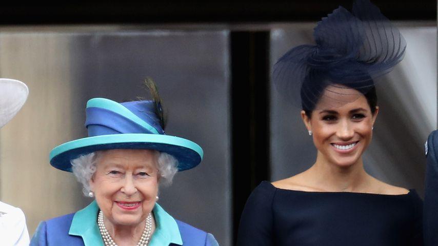 Queen Elizabeth II. und Herzogin Meghan im Juli 2018