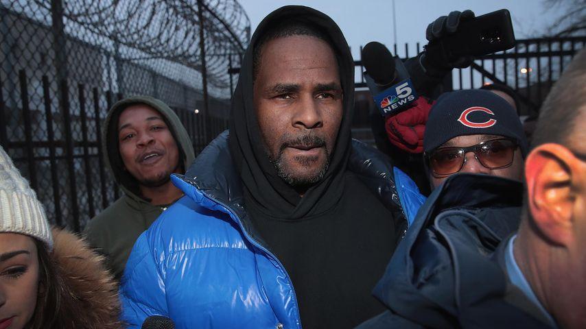 R. Kelly vor dem Cook County-Gefängnis in Chicago, 2019
