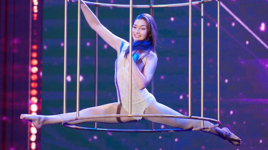 """Supertalent-Akrobatin mit """"schönstem Po"""" ist Promi-Tochter!"""