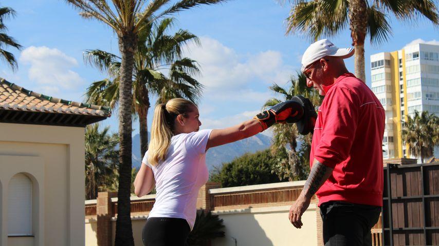 Rebecca Kratz boxt mit Personaltrainer Franco Marbella