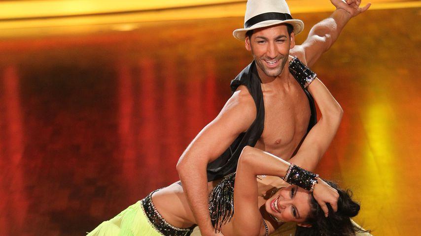 """Rebecca Mir und Massimo Sinató bei """"Let's Dance"""", 2012"""
