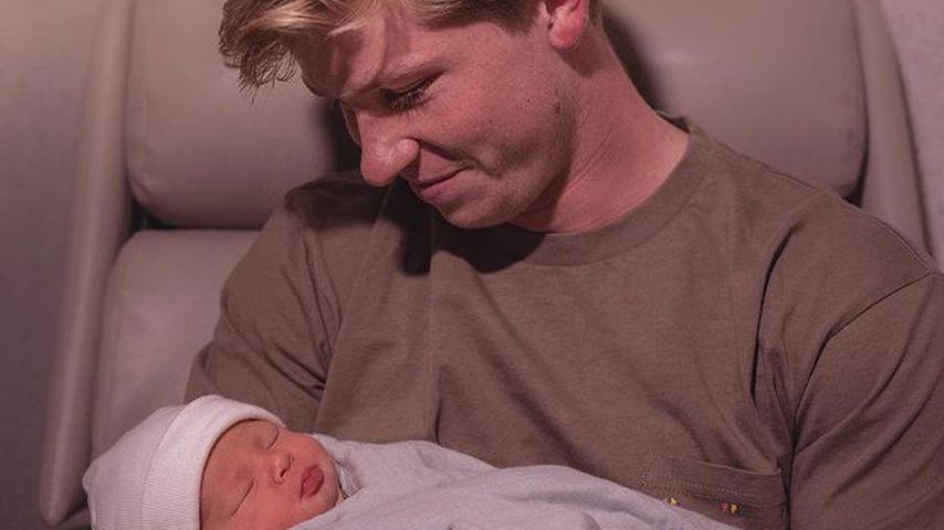 Stolzer Onkel: Hier hält Robert Irwin seine Nichte Grace