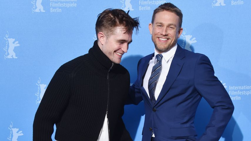 Robert Pattinson & Charlie Hunnam: Kreischalarm in Berlin!
