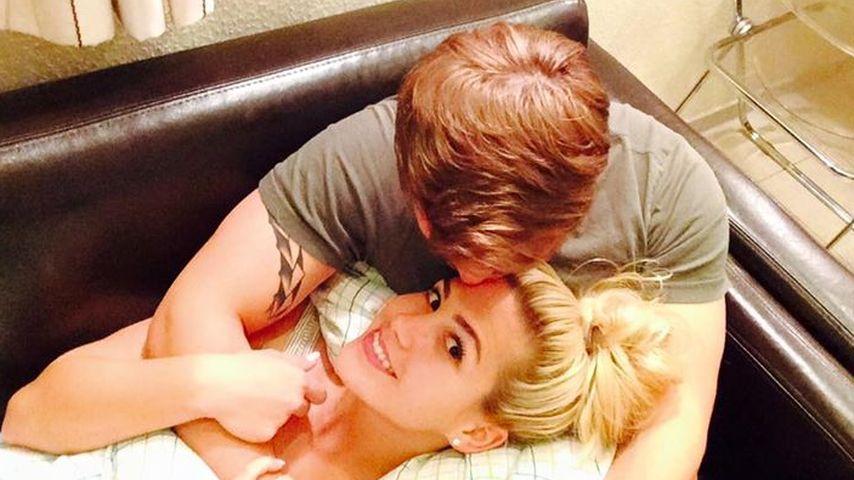 Nach Foto-Fauxpas: Rocco & Angelina couchen ihren Streit weg
