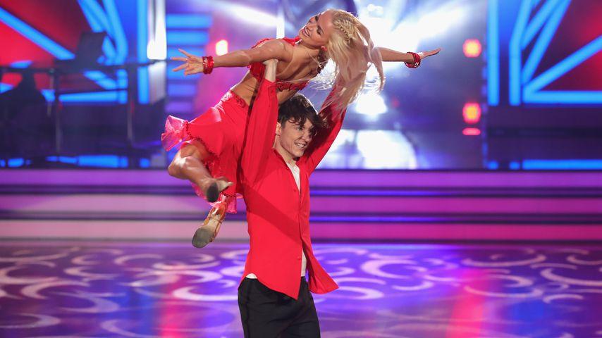"Roman Lochmann und Katja Kalugina bei ""Let's Dance"""
