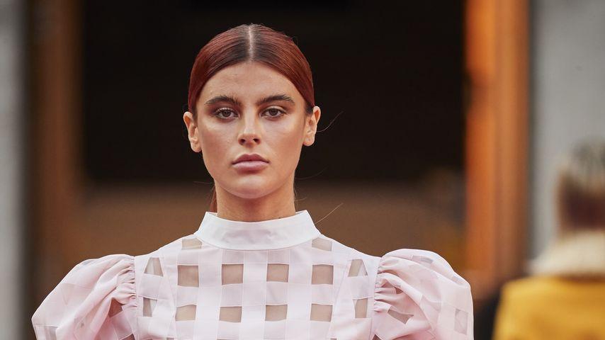Romina Palm für Marcel Ostertag auf der Berlin Fashion Week