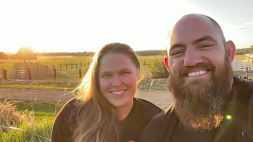 Ronda Rousey mit ihrem Mann Travis Browne