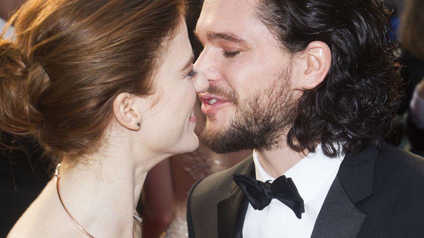 Offiziell! Hier küsst GoT-Kit Harington seine Rose Leslie