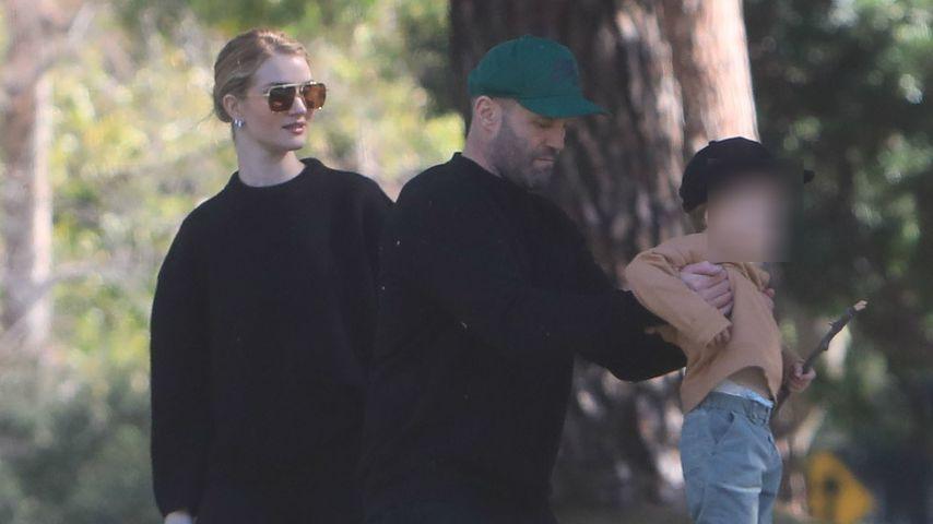 Rosie Huntington-Whiteley Jason Statham und ihr Sohn in Beverly Hills, Februar 2020