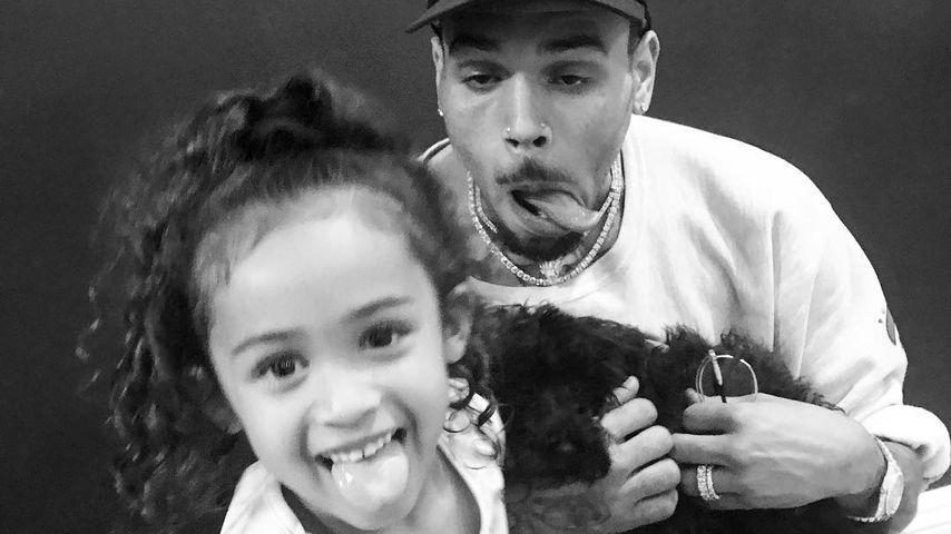 Royalty Brown und ihr Papa Chris Brown