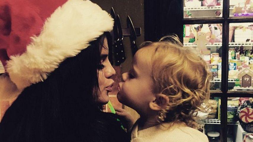 Sängerin Selena Gomez und ihre Schwester